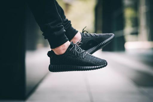 Deretan Sneakers Termahal Hingga Termurah